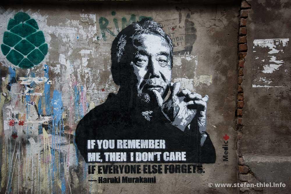 Sieht fast aus wie ein Banksy. Streetart in Tiflis)