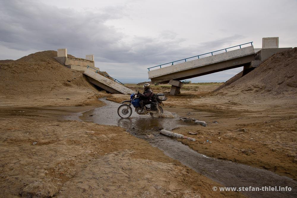 Brücken? Wer braucht schon Brücken!